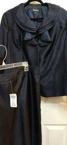 NWT John Meyer Collection Ruffled Blue skirt set